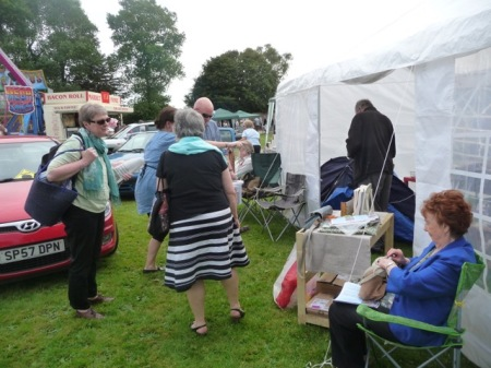 HULF Indie Authors arriving and preparing the marquee